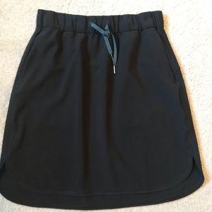 Authentic Lululemon On The Fly Black skirt! NEW!!!